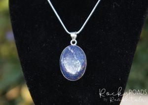 Lapis-Lazuli-hanger